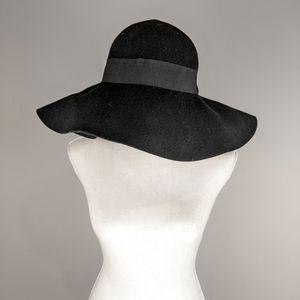 Charlotte Russe Black Hat 100% Wool